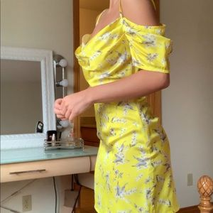 MISSGUIDED YELLOW MINI DRESS